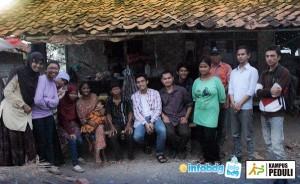 Tim relawan berkunjung langsung ke lokasi