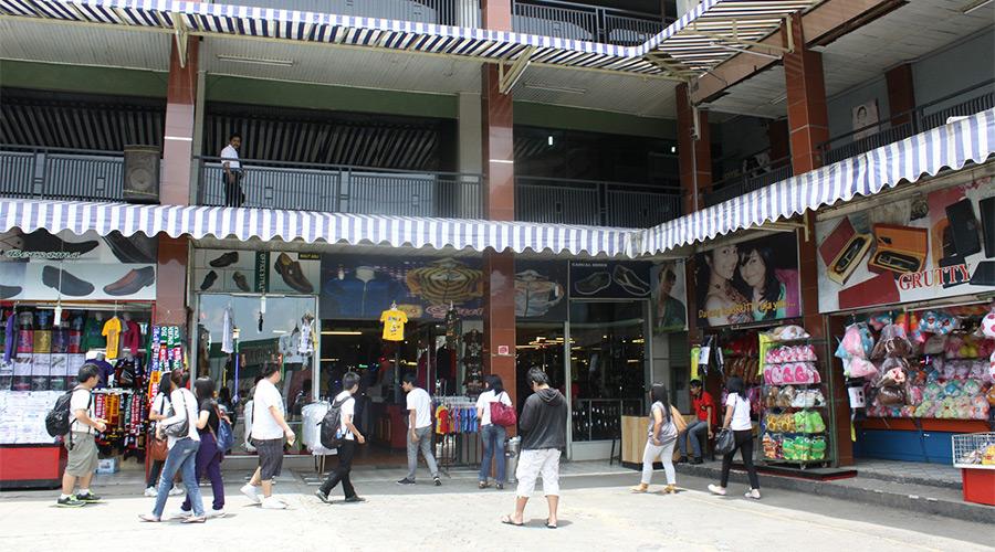 Wisata Belanja Yang Wajib Dikunjungi Di Bandung