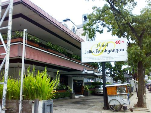 Jelita Parahyangan Hotel Jl Pasar Kaliki 61 Bandung