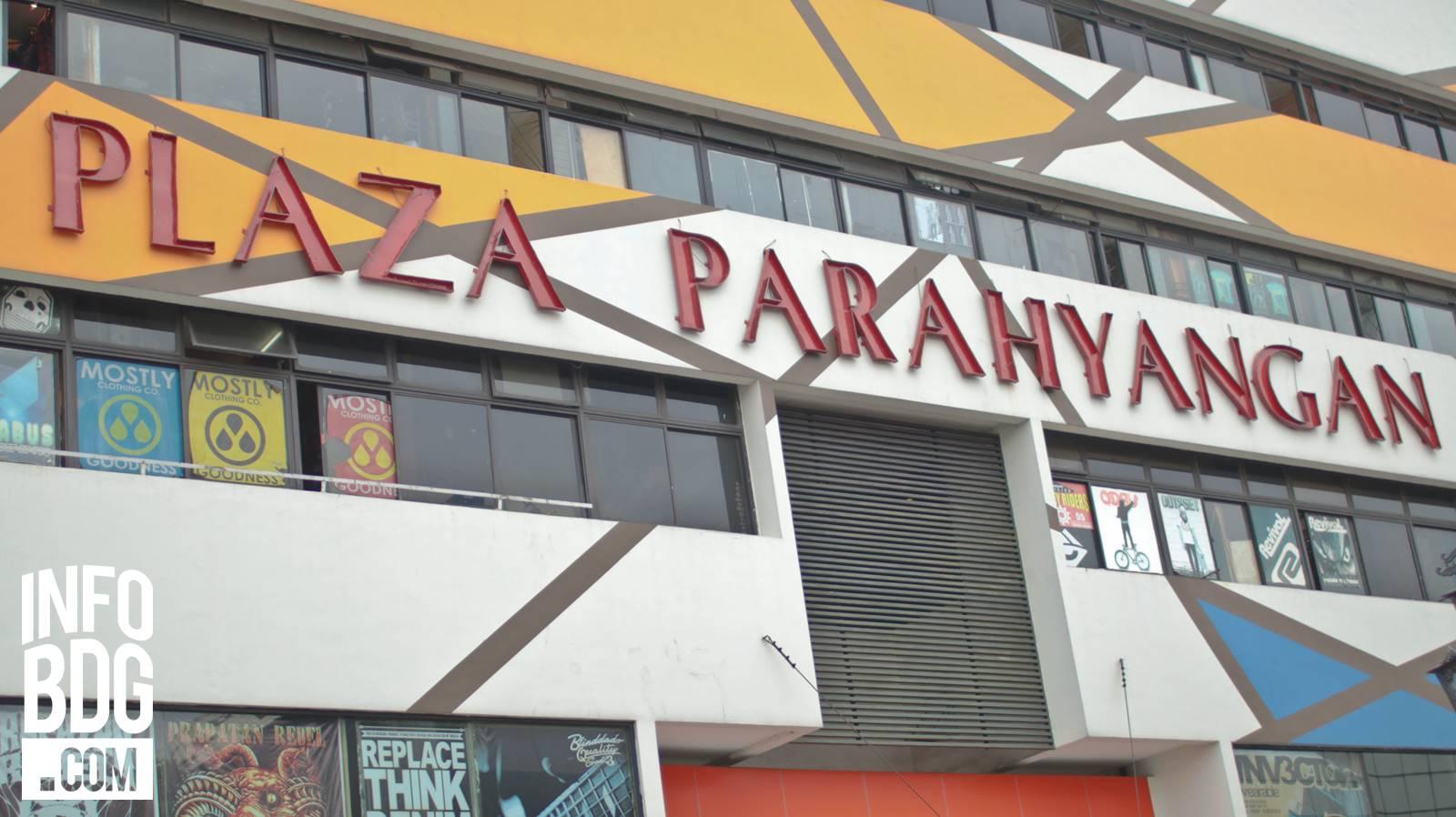 Plaza Parahyangan Pusat Distro Di Bandung
