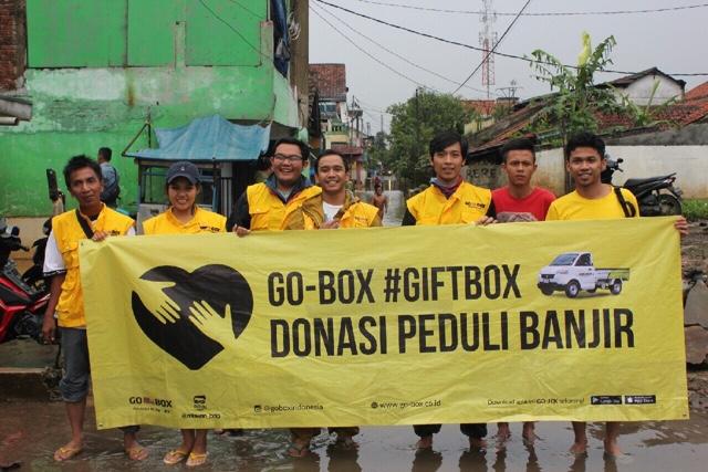 GIFTBOX Untuk Korban Banjir Bandung Selatan