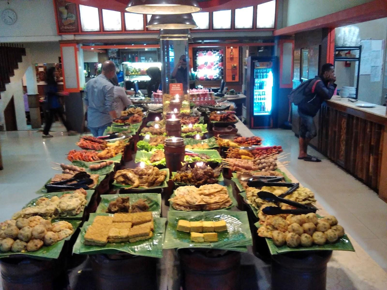 Tempat Makan Daerah Kebon Jati Bandung