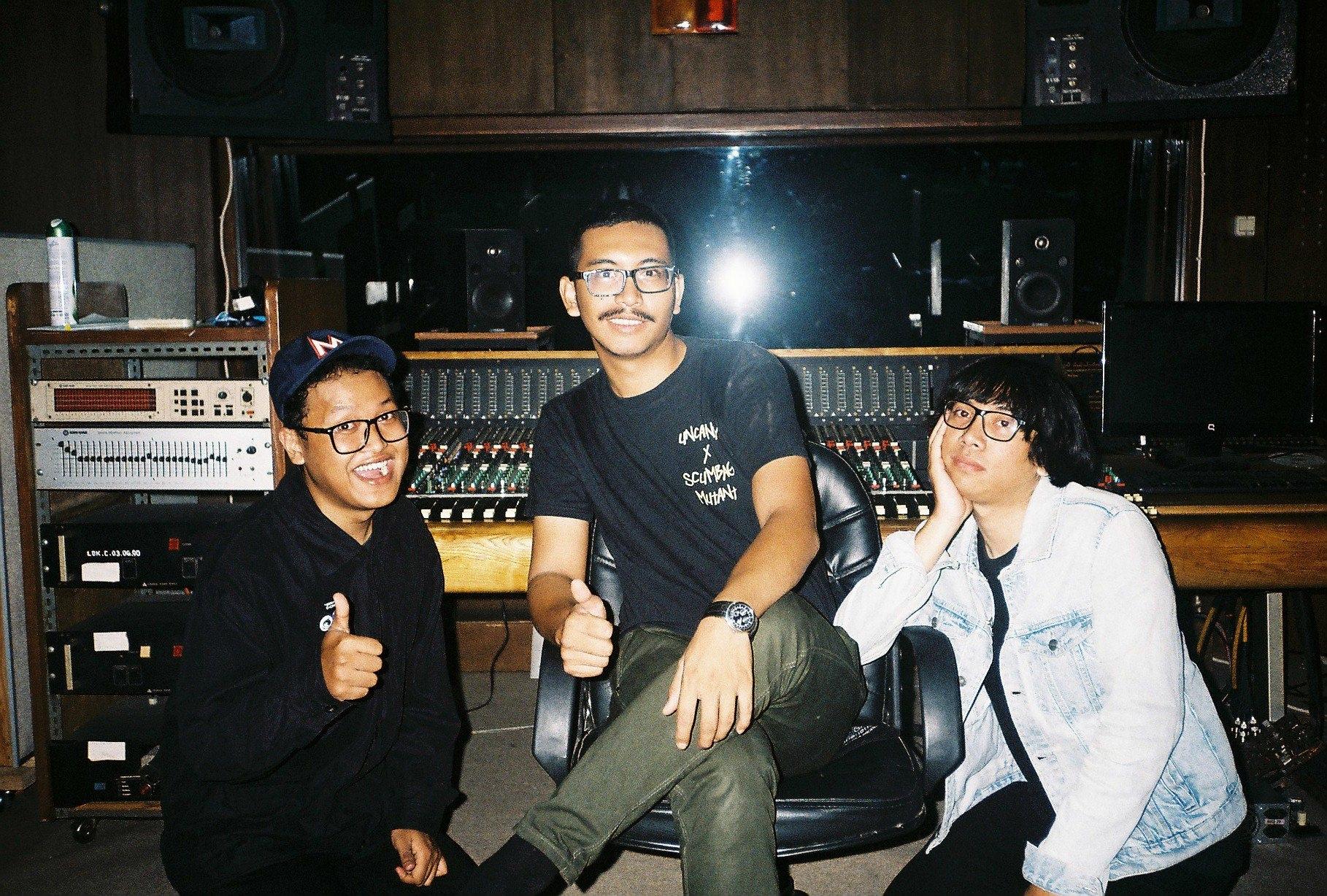 Saturday Night Karaoke Akan Menjalankan Tur ke Jepang   infobdg.com